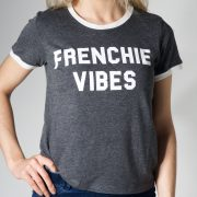 frenchie vibes tee